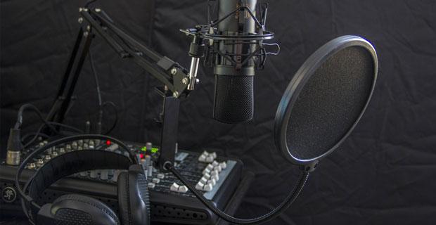 """Beitragsbild zum Artikel """"Die Radio-Trends 2020"""""""
