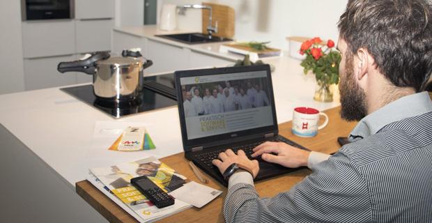 """Beitragsbild zum Artikel """"Corona-Krise bietet Chancen für die digitale Arbeitswelt"""""""